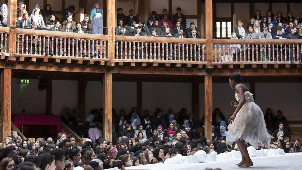 Shakespeares' Globe