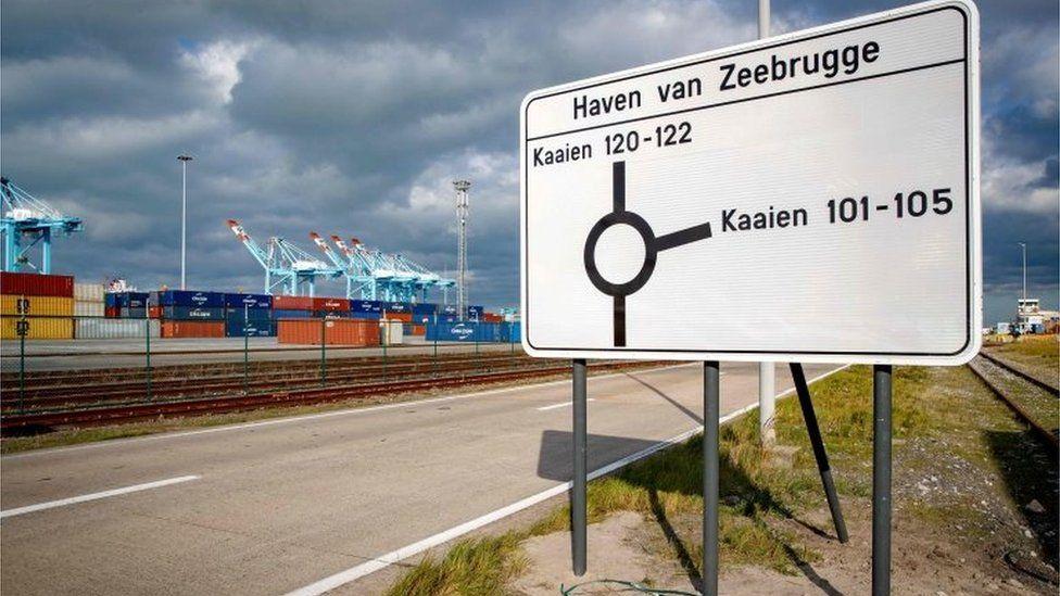 Port of Zeebrugge sign