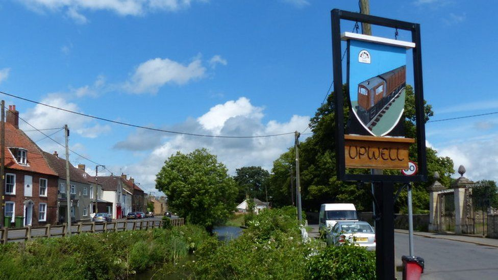 Upwell village sign