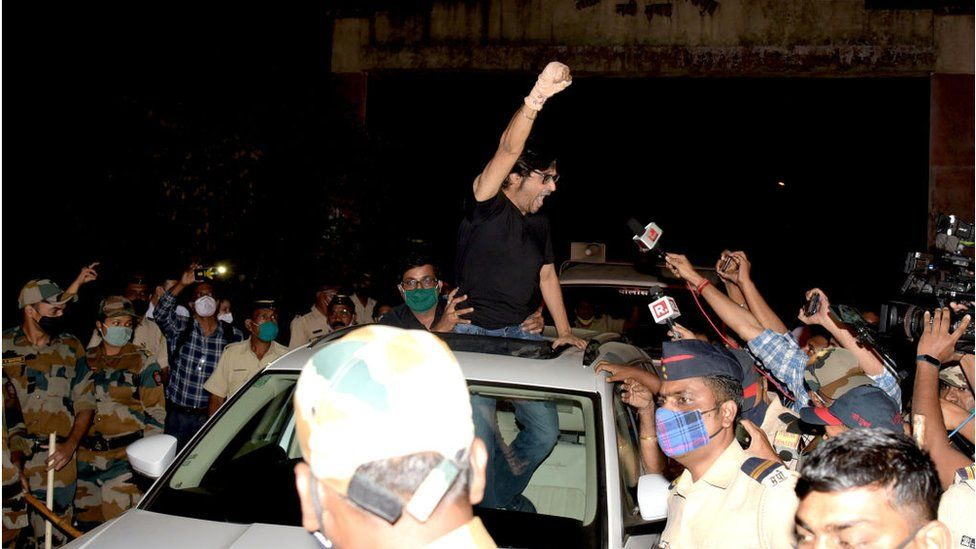 Republic TV Editor-in-Chief Arnab Goswami gestures to his supporters after being released from Taloja Central Prison in 2018 Suicide abetment case at Kharghar on November 11, 2020 in Navi Mumbai