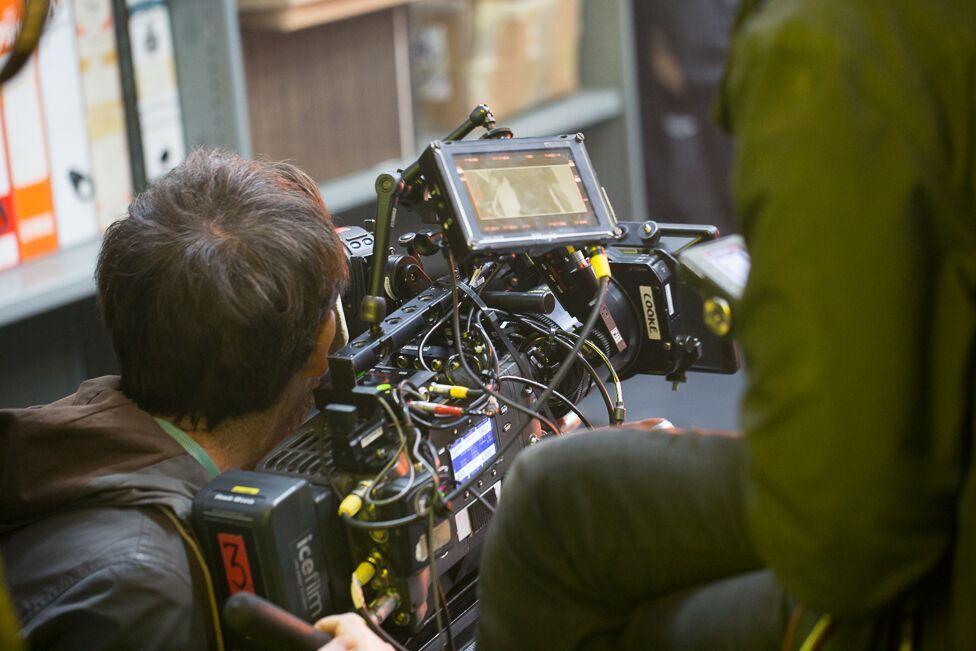 Mae Camera 3 yn barod ar gyfer yr olygfa nesa'