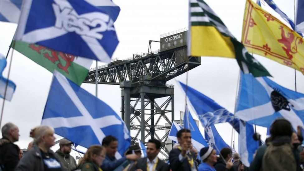 independence supporters