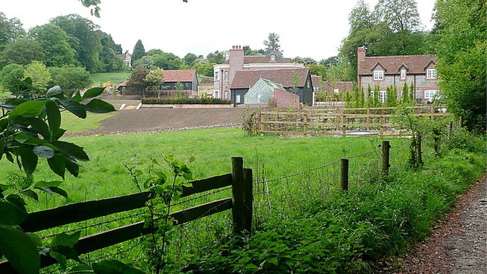 Bridleway and Twigside Farm