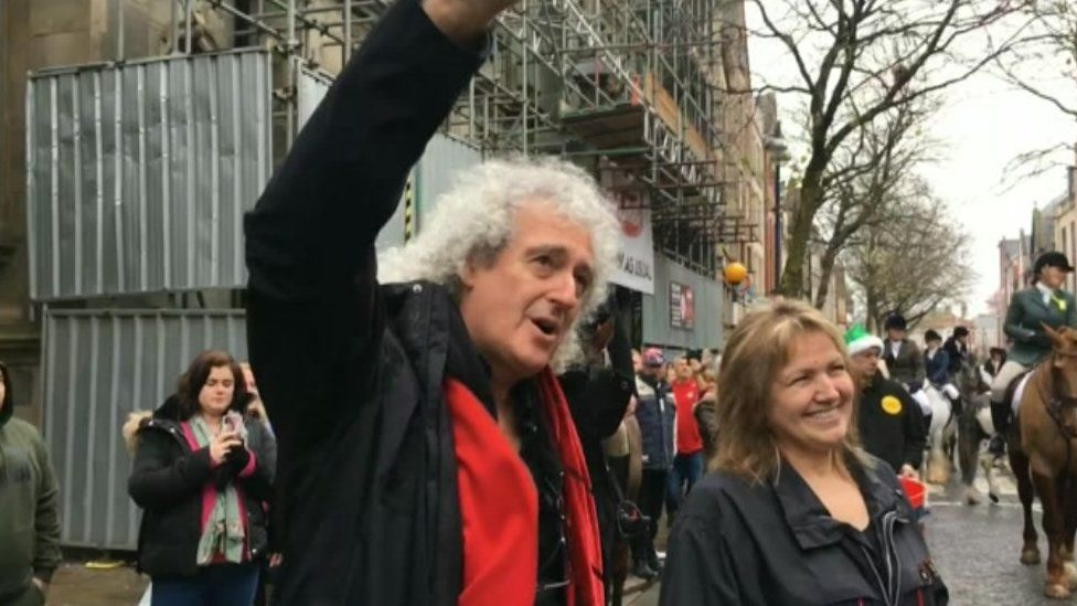 Brian May in Wind Street to see The Three Counties hunt get underway