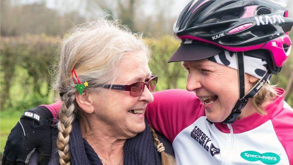 Kajsa and her mother Tina