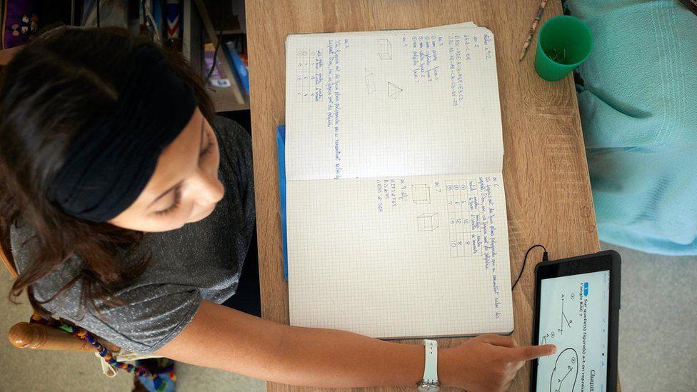 Страх перед математикою частіше виникає у дівчат