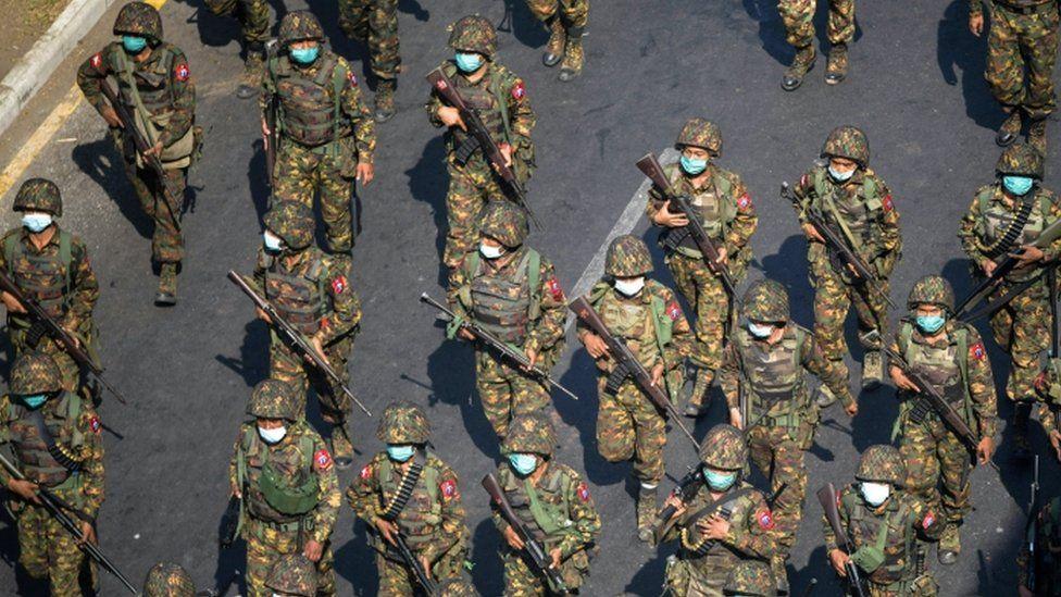 Myanmar military take rebel town of Mindat, Chinland - BBC News