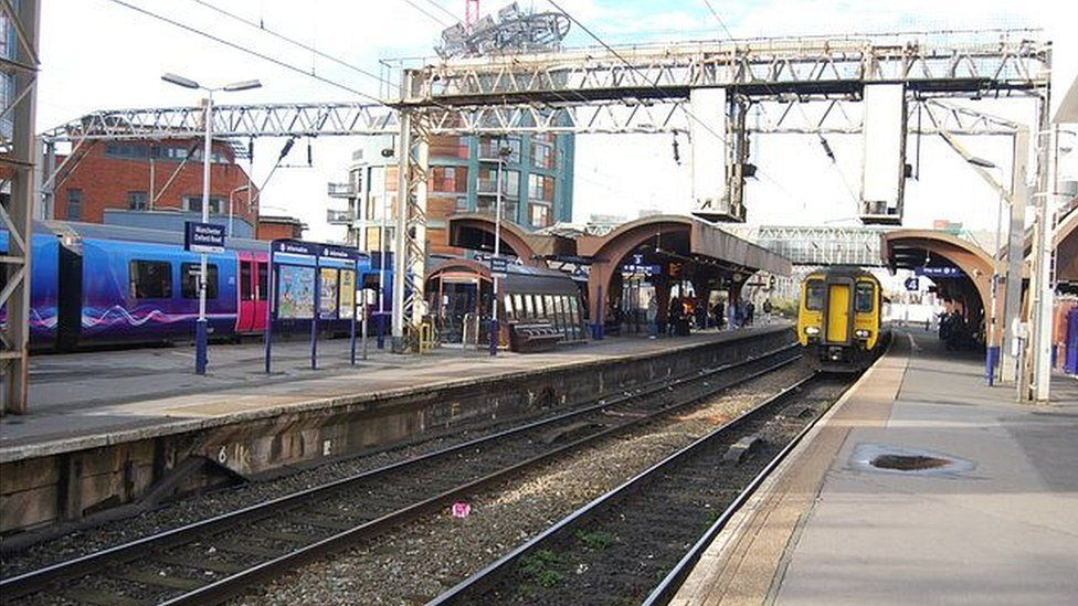 Manchester Oxford Road station