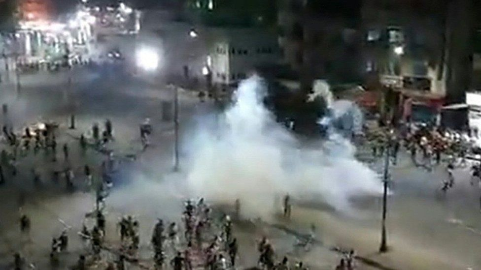 Screengrab of video purportedly showing confrontation between protesters and security forces in Arbaeen Square, Suez, Egypt on 21 September 2019