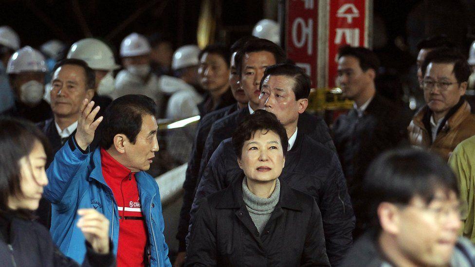 South Korean President Park Geun-hye visits market in Daegu