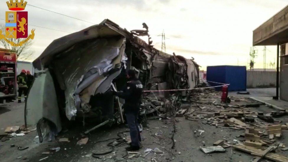 Wreck of train - Italian police picture