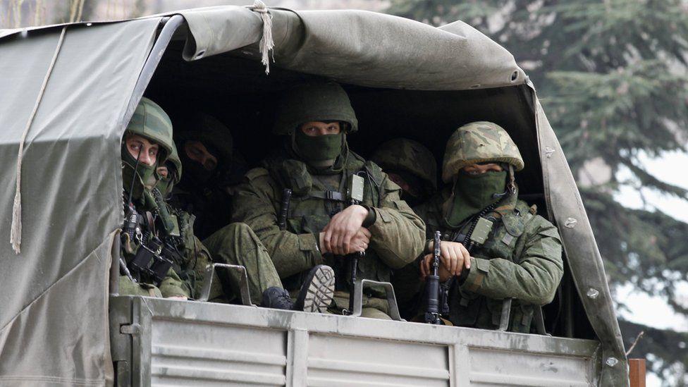 Troops in Russian military truck in Crimea, 1 Mar 14