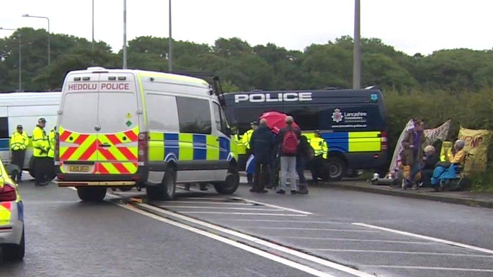 Welsh police at Little Plumpton