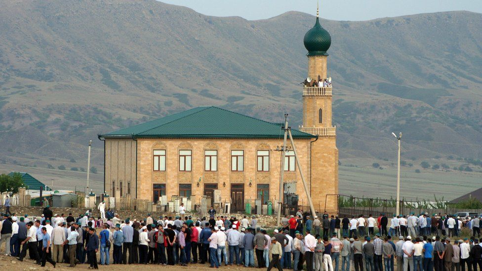 Mosque in Khasavyurt, Dagestan, 28 Aug 12