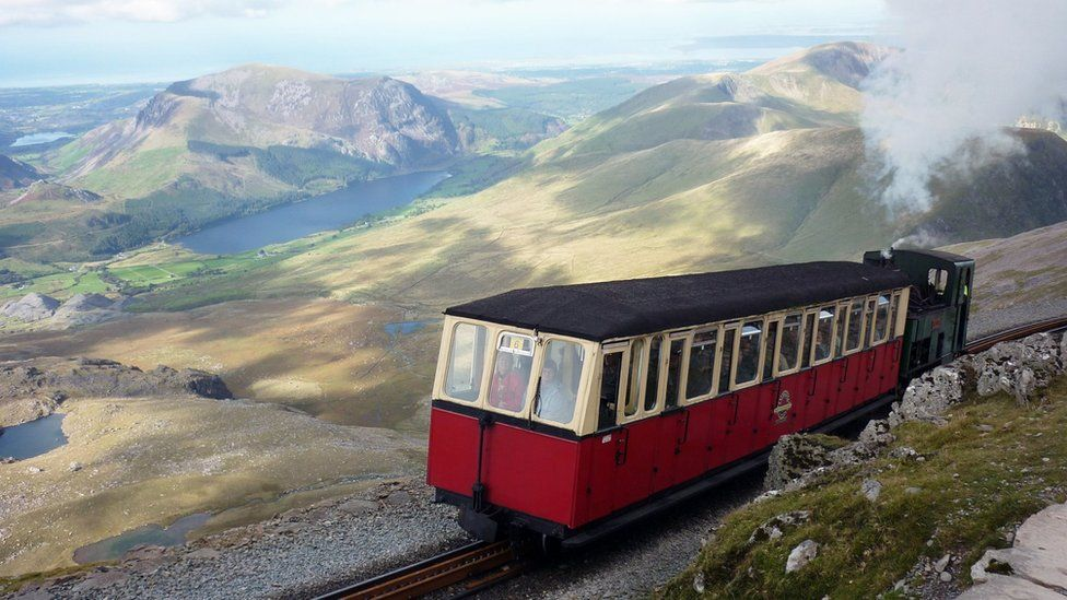 Loco number five steaming up Snowdon