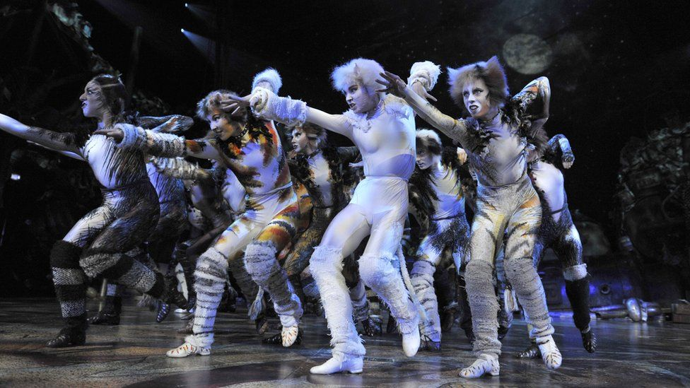 Trevor Nunn directs the cast of Cats returns to the London Palladium in 2015