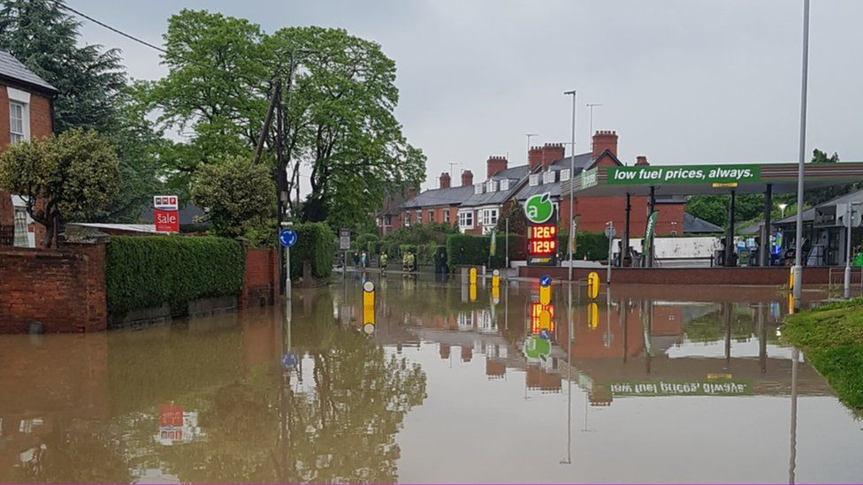 Flooding in Welshpool town centre