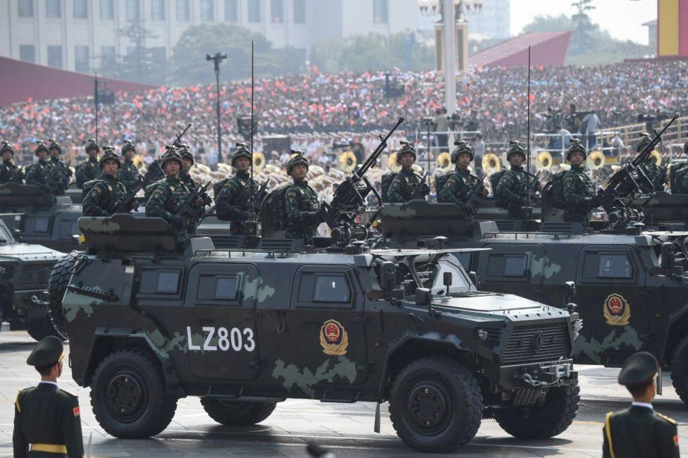 Китайські бойові автомобілі на параді в честь 70-ліття КНР
