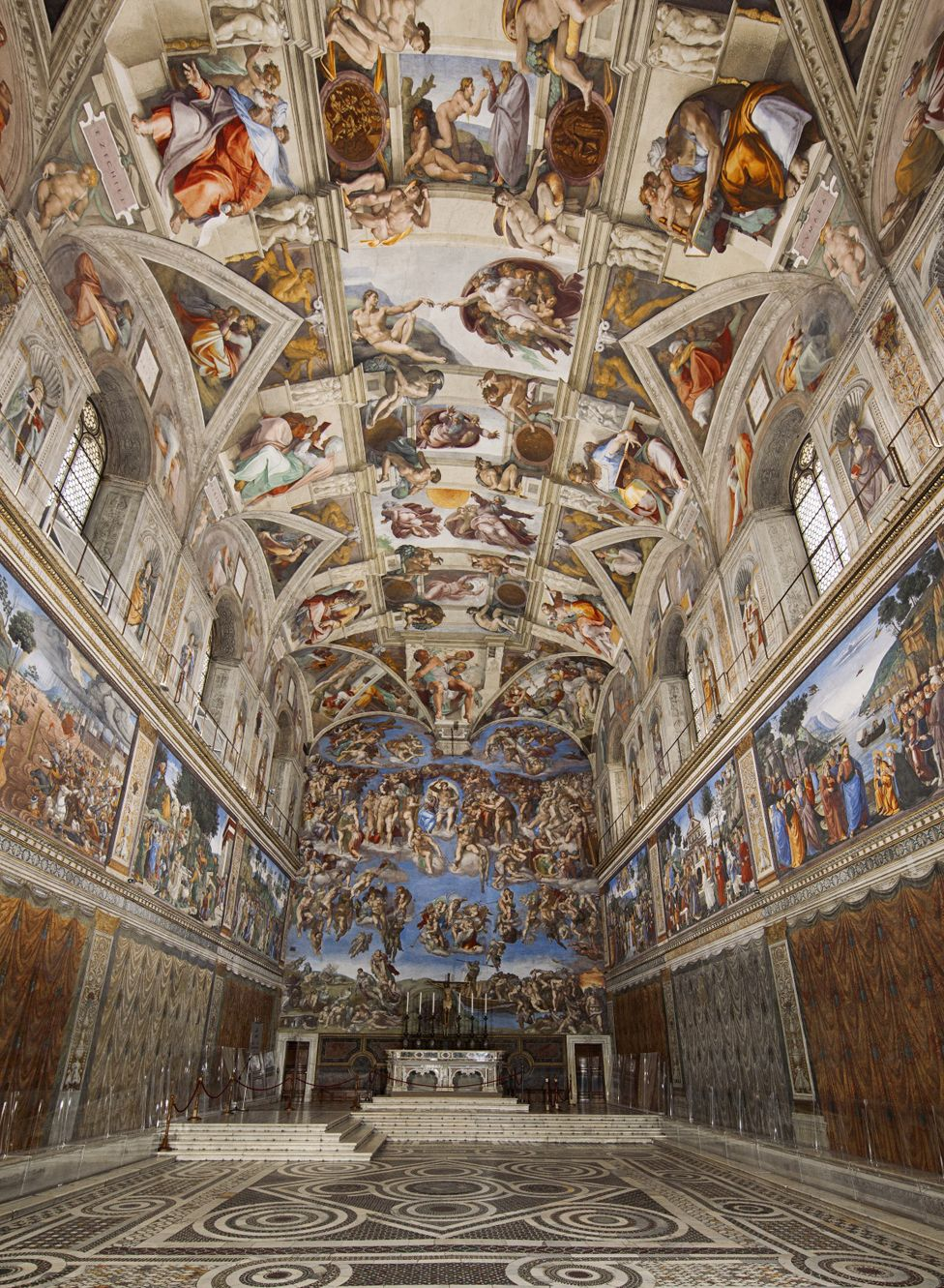 The virtual tour gives you the chance to marvel at the magnificent Sistine Chapel in Vatican City, including Michelangelo's breathtakingly beautiful ceiling