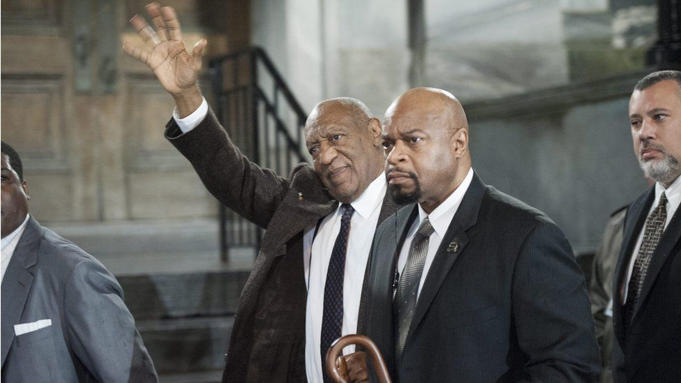 Cosby leaves court in Pennsylvania
