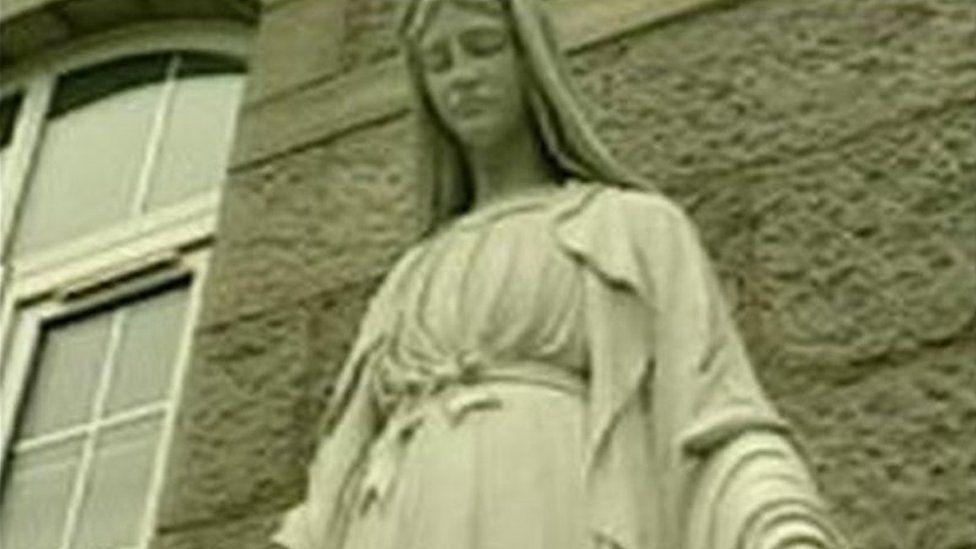Nazareth House statue