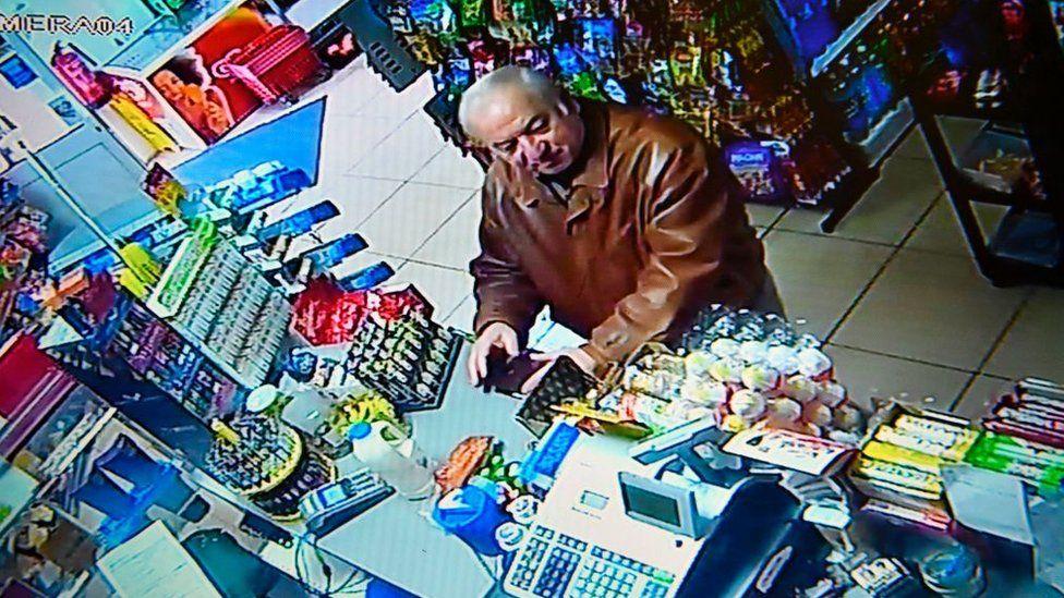 Sergei Skripal buying groceries in Salisbury