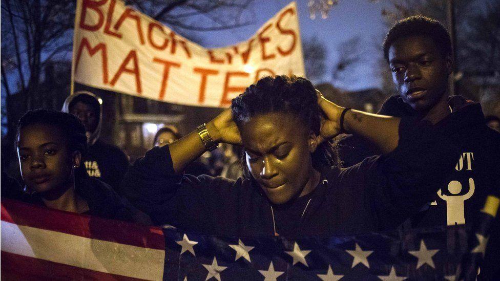 'O dia em que a polícia americana apontou armas contra mim'