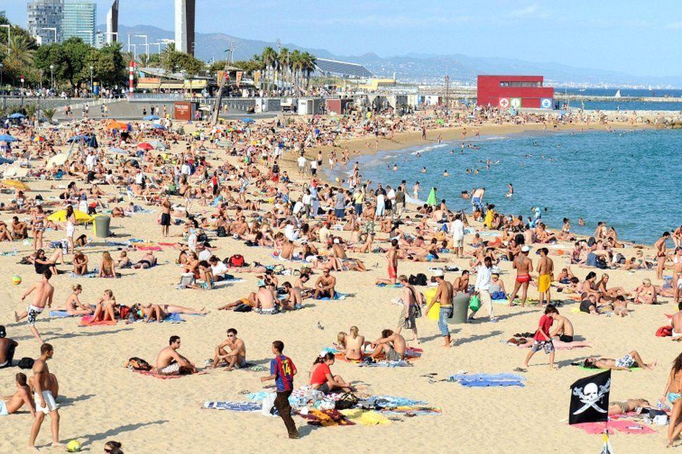 File photo of Platja Nova Icarie beach in Barcelona