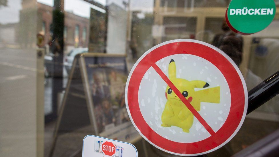 23 Volksbank Neuss branches in Duesselfdorf have banned the game