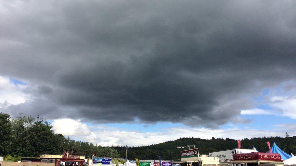 Big black rain cloud over Belladrum