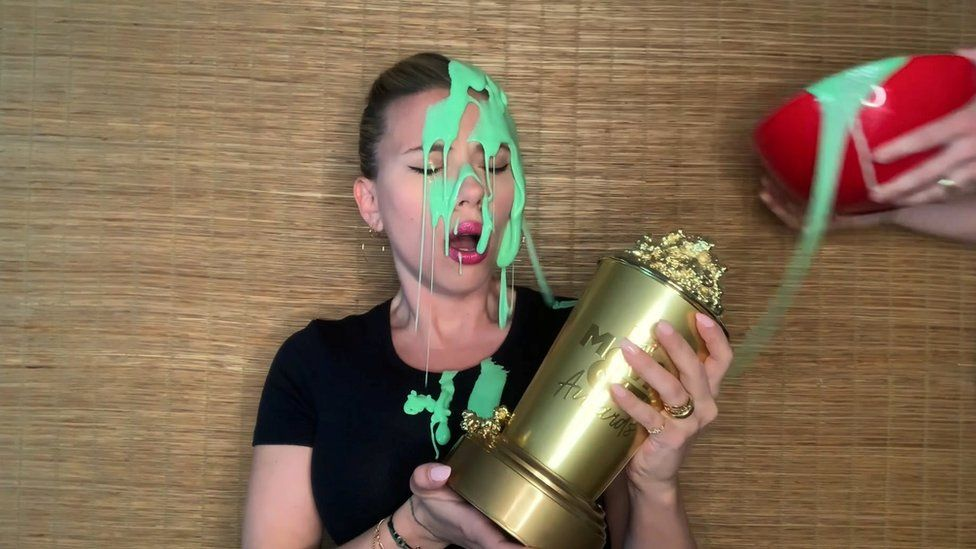 Scarlett Johansson got gunked