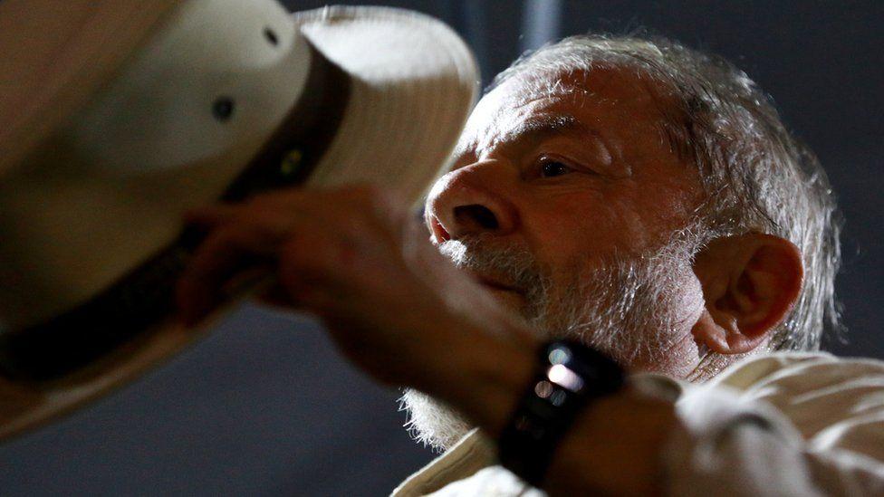 TRF-4 rejeita recursos de Lula e deixa sua liberdade nas mãos do STF