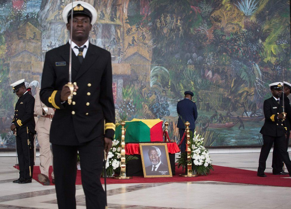 Soldiers guard the coffin of Kofi Annan, Ghanaian diplomat and former Secretary General of United Nations who died on August 18 at the age of 80 after a short illness, at the Accra International Conference Centre in Accra ahead of his funeral on September 12, 2018.