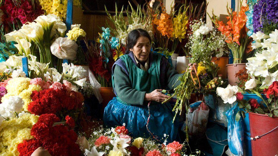 Flower market in Peru