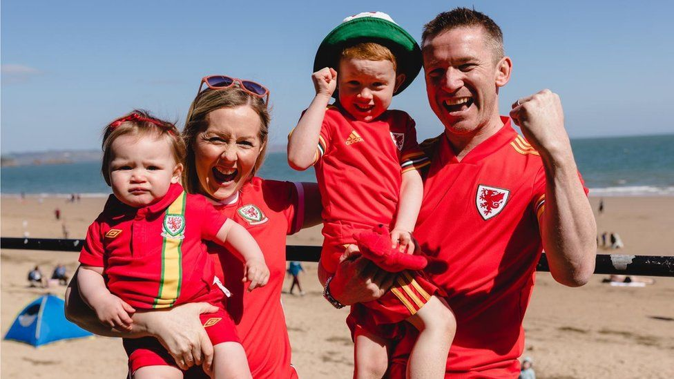 Anwen and Rhodri Charles and their two children Osian and Martha