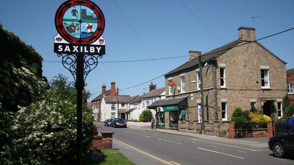 Saxilby village