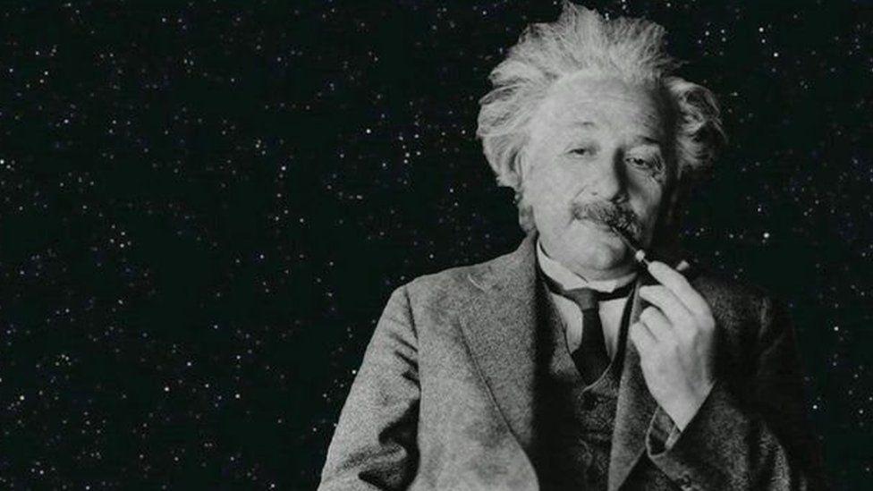Mi gafodd y gwyddonydd Albert Einstein ddylanwad mawr ar gwrs y byd er fod ganddo ddyslecsia.