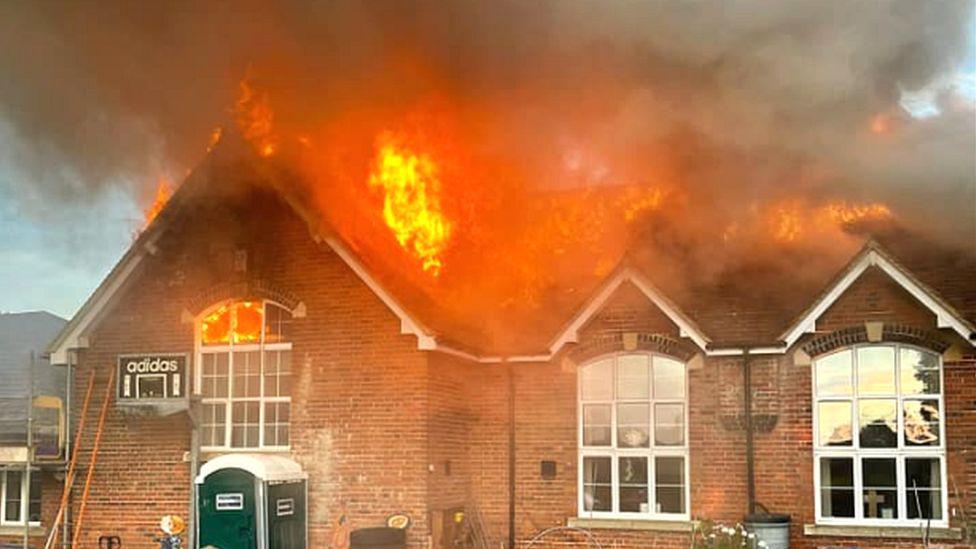Woodborough Primary School fire