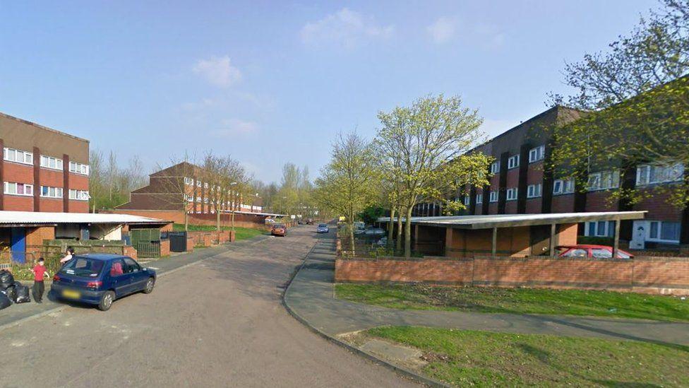 Milton Keynes housing estate votes for regeneration