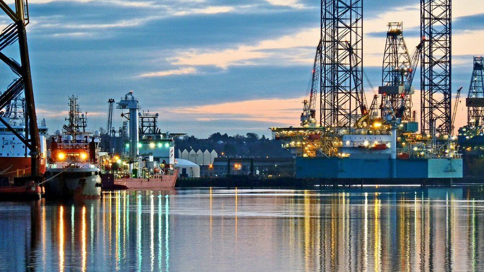 Dundee docks