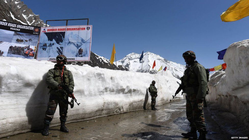 Military personnel on China-India border