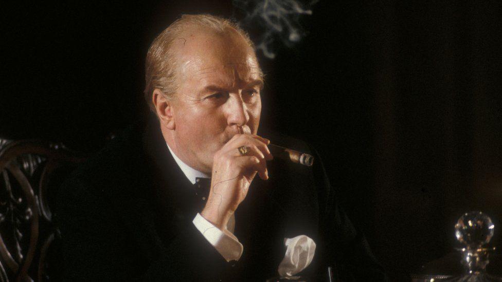 Robert Hardy as Winston Churchill in Bomber Harris