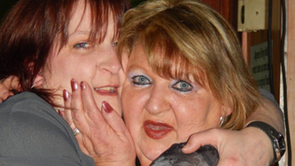 Linda Prydderch (right) with her daughter Leanne Pugh