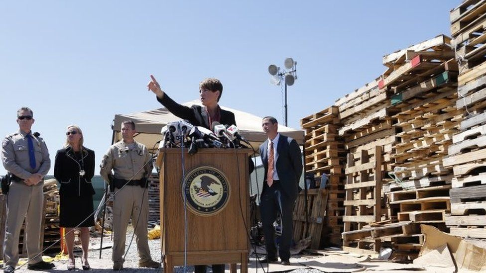 US Attorney Laura Duffy speaks during a news conference to announce the drugs seizure in a lot alongside the border with Mexico (20 April 2016)