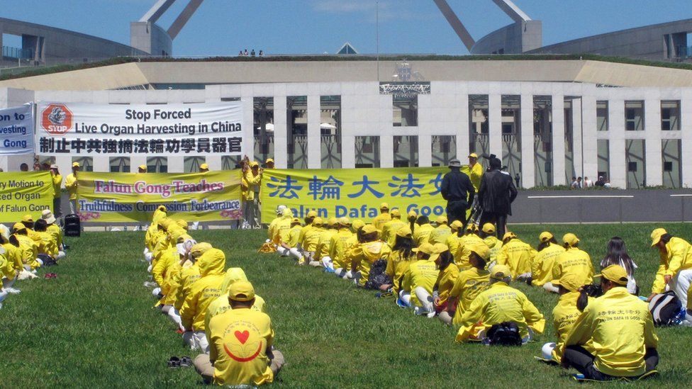 "Falun Gong practitioners demonstrate outside Australia""s Parliament House"