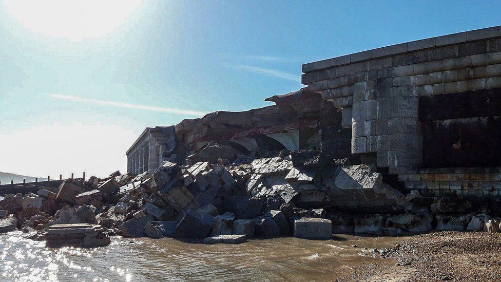 Collapsed Hurst Castle wall