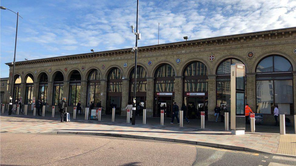 Cambridge train station