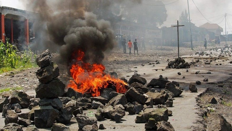 Burning barricade in Goma