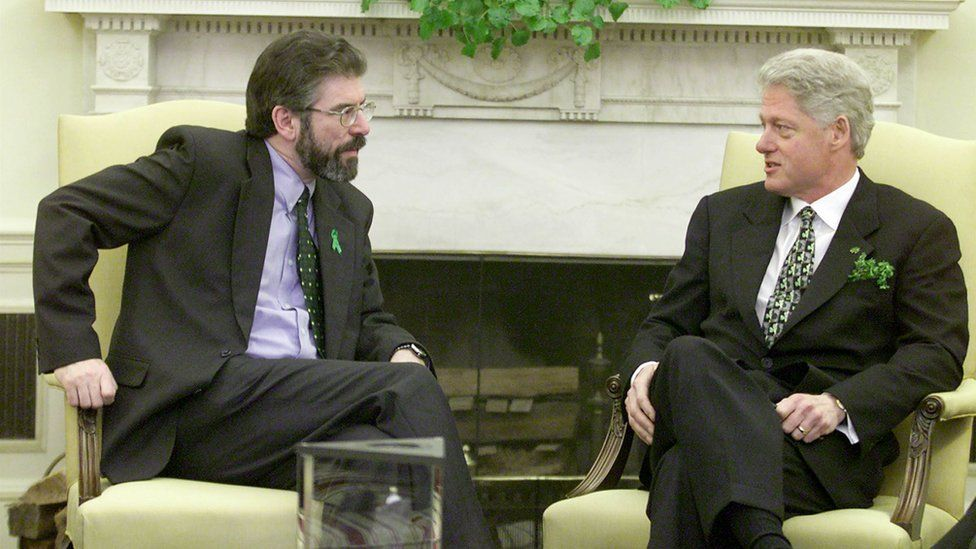 Gerry Adams and Bill Clinton in the White House in 2000