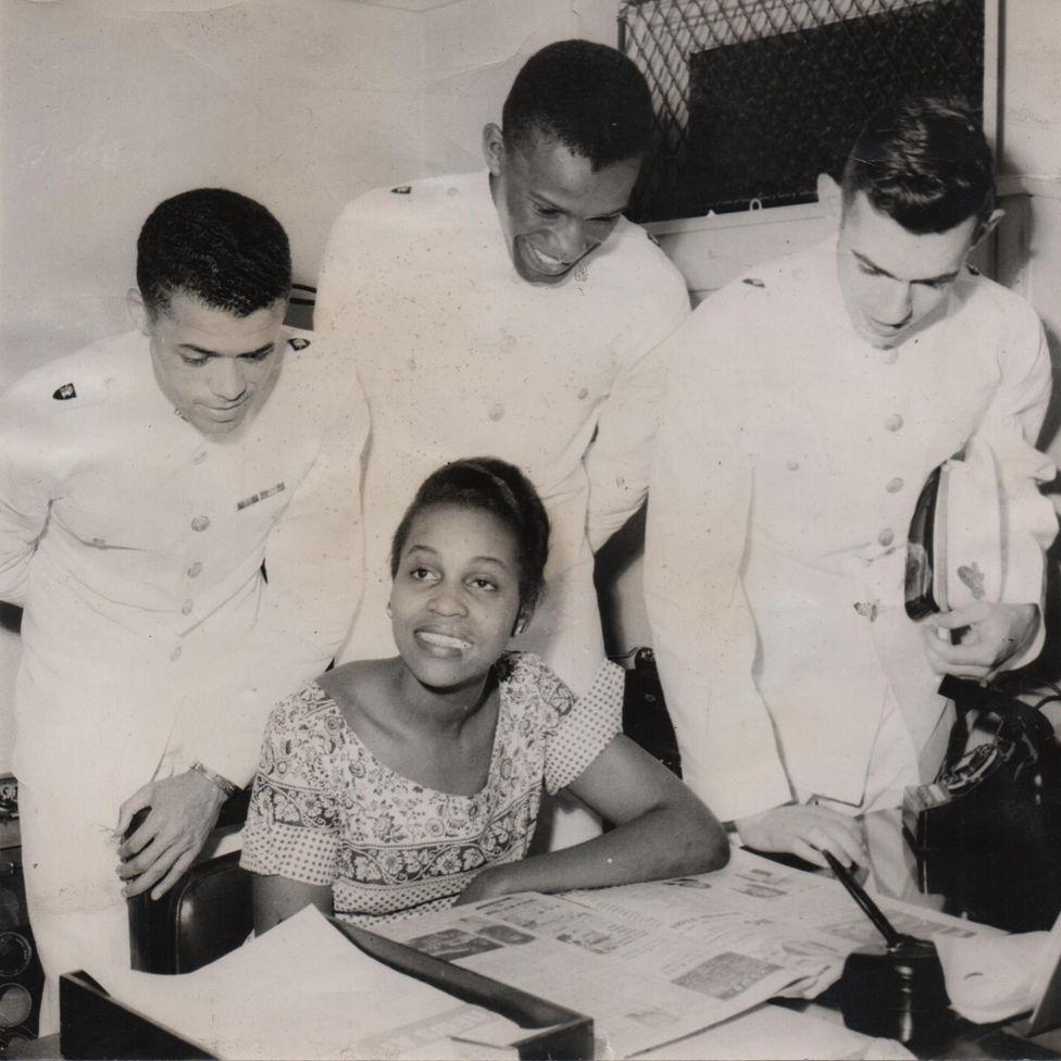 Dorothy Butler Gilliam working for the Louisville Defender